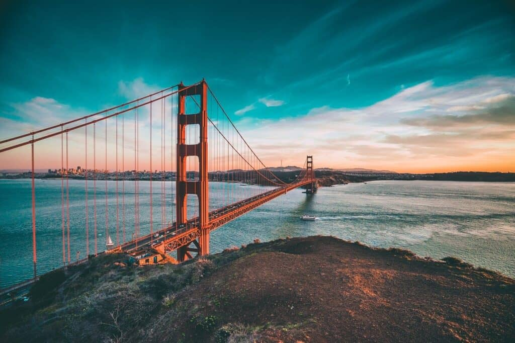 10 must see attractions in California.