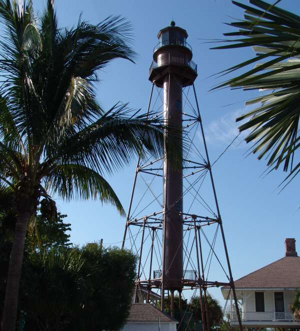 Sanibel Lighthouse is a fun activity while you are visitng