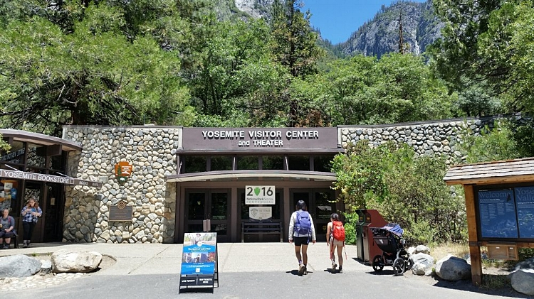 Yosemite+Visitor+Center+and+Theater