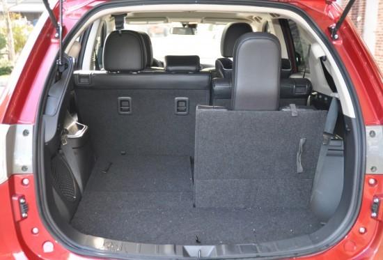 2016 mitsubishi outlander trunk
