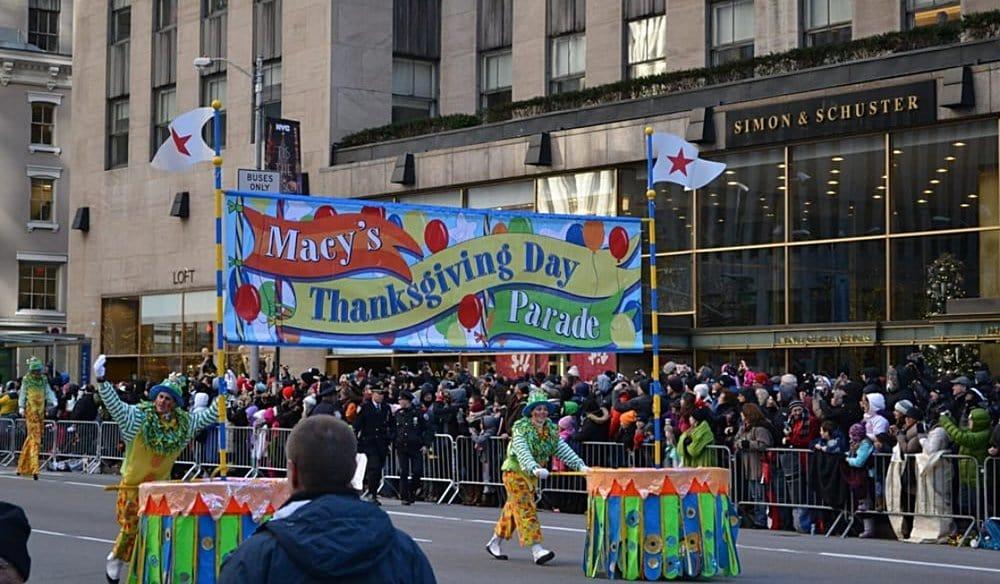 Thanksgiving day parade tips