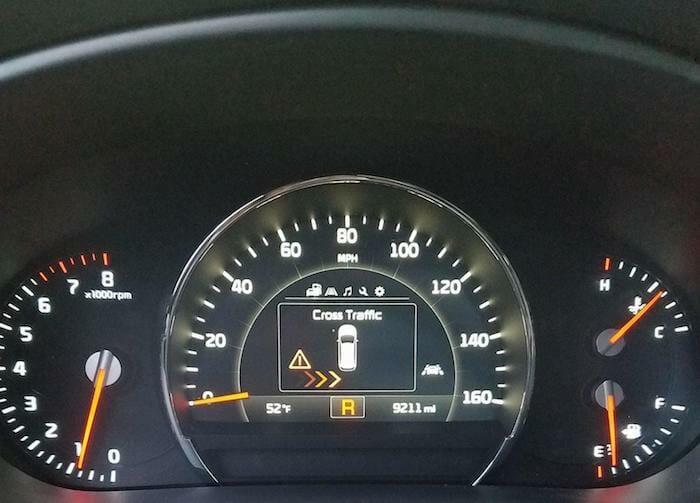 Cross traffic indicator 2017 Kia Sorento