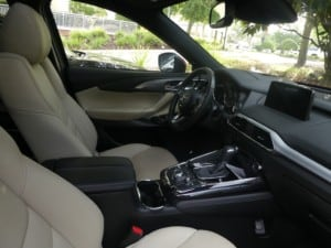 Interior of the 2017 Mazda CX-9
