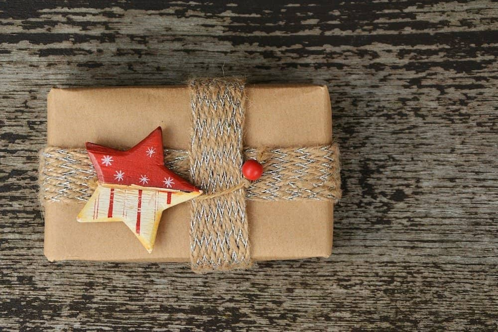 How to give back this holiday season.