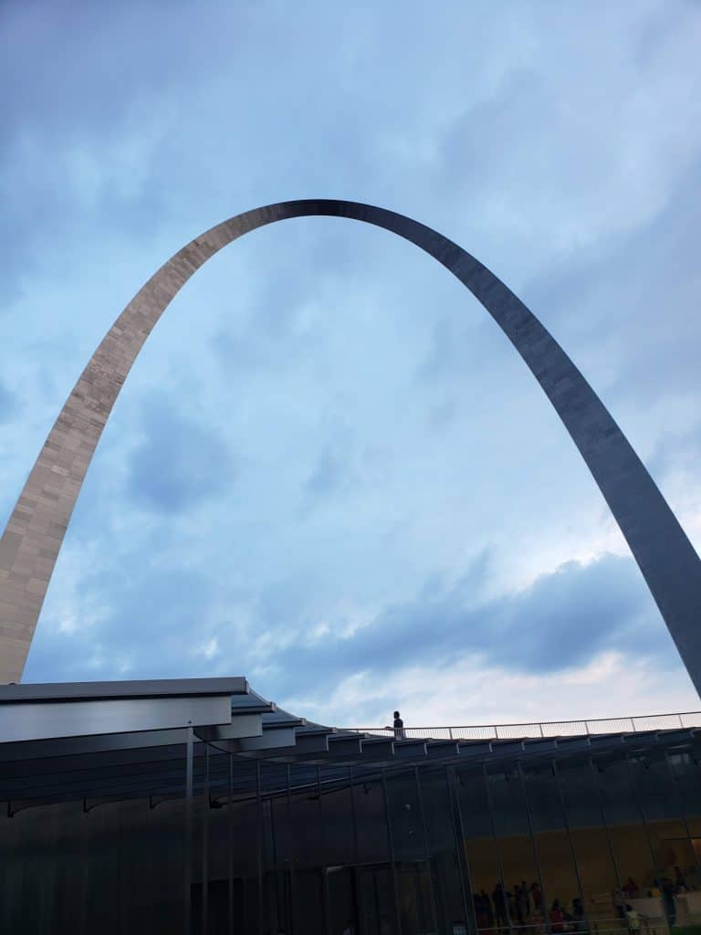 best family vacations on a budget - st. louis